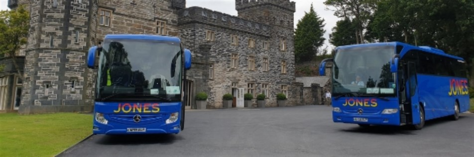 Jones coaches Castle Penryndydreath